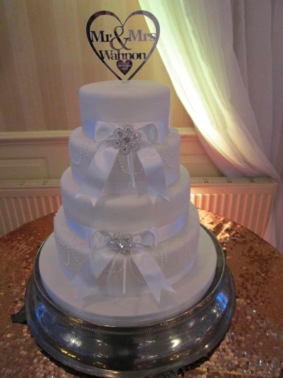 view our cake designs sk wedding cakes wedding cakes